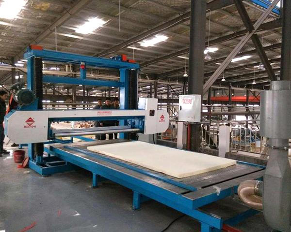 Automatic Phenolic/Rigid Foam Cutting Machine